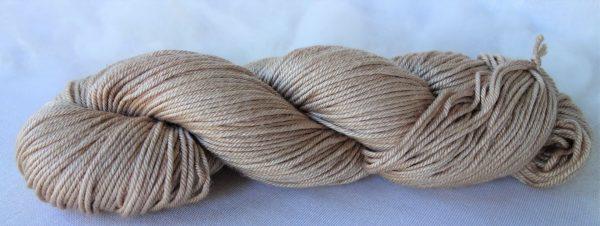 Laine mérinos et soie – teinture genêt et millepertuis 1035