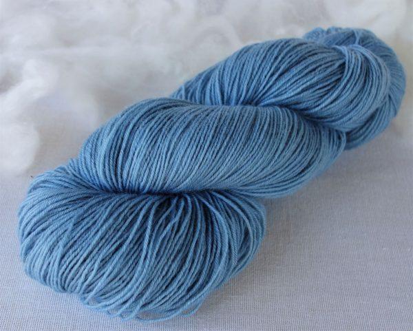 Laine bluefaced leicester – teinture à l'indigo. 1165