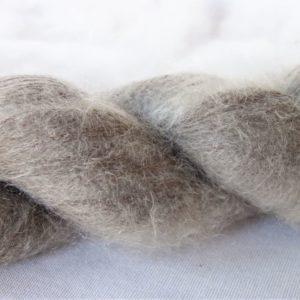 Laine mohair et soie – teinture noix de galle 222