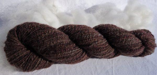 Laine filée mouton polonais, teintes marron. 346-347