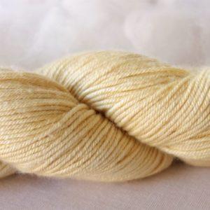 Laine mérinos et soie – teinture coréopsis 486