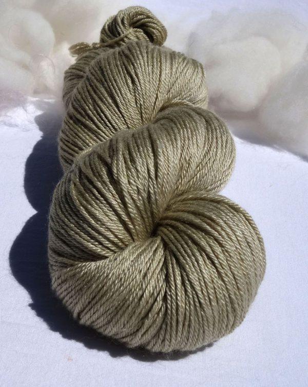 Laine mérinos et soie. Teinture végétale à l'achillée. 1295-1296-1297-1298-1299
