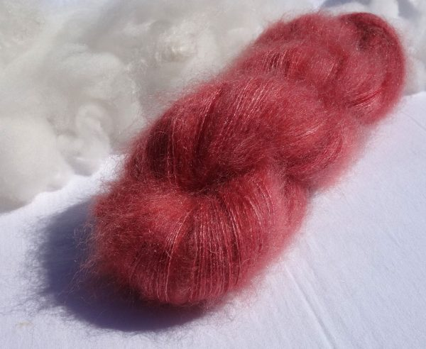 Laine kid mohair et soie. Lace. Teinture lac-dye. 1310-1312